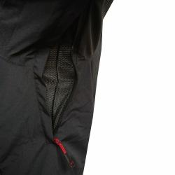 PINEA Herren Outdoor Jacke AKU Farbe SCHWARZ